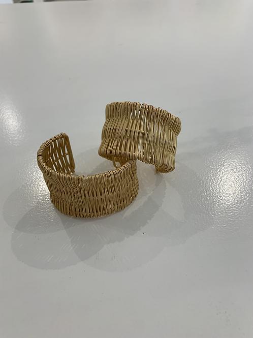 Wire Round Bracelets