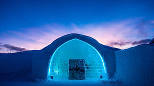 icehotel-entrance-of-the-ice-hotel-blue-