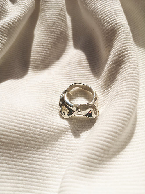 Tilly Sudsbury - Recycled Silver Open Shell Ring