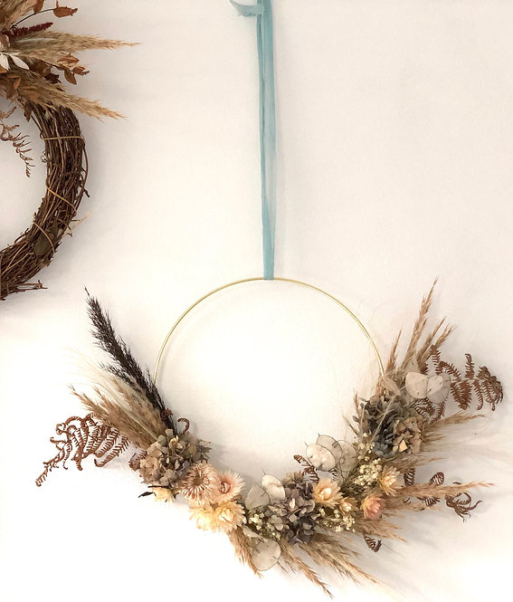 Florette Flowers - Everlasting dried flower wreaths on copper ring (large)