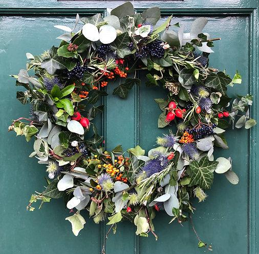 Florette Flowers - Christmas Wreath (Evergreens & Dried)
