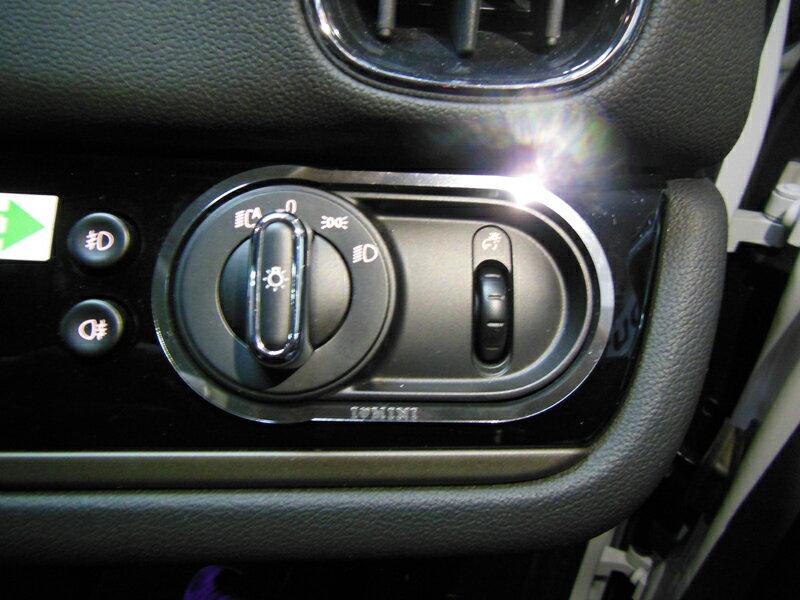 MINI F60 ライトスイッチトリム