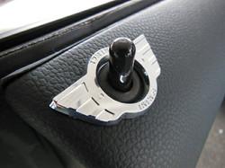 MINI F56 ドアロックウイング