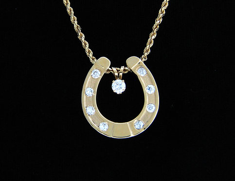 14kt Yellow Gold Horseshoe Pendant