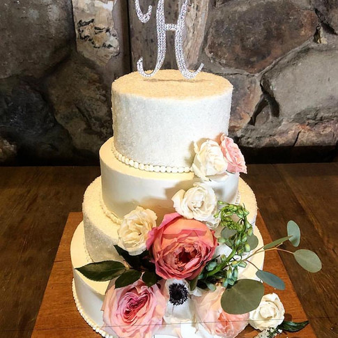 Hynes' Wedding Cake