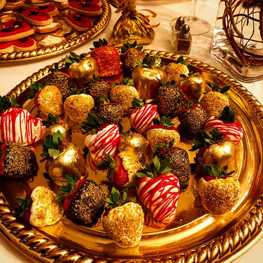 Christmas Enagagement Chocolate Covered Strawberries