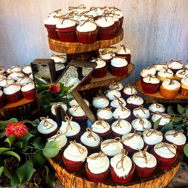 Kurfess Wedding Cupcakes