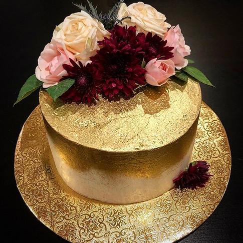 Manalo Anniversary Cake