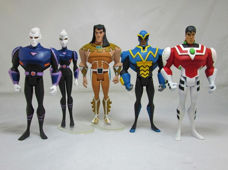 37 Custom Toys