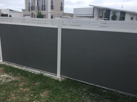 Render Texture fence sheets Sunshine Coasts.JPG