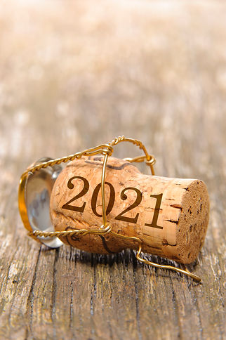 Champagne cork with year date 2021.jpg