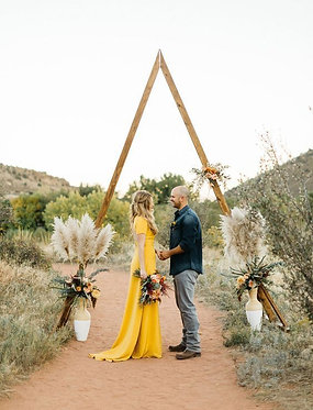 Wooden Triangle Arch 2.8m x 1.8m