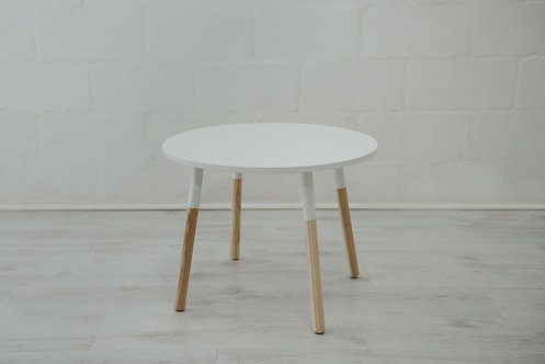 Round Dipped Table