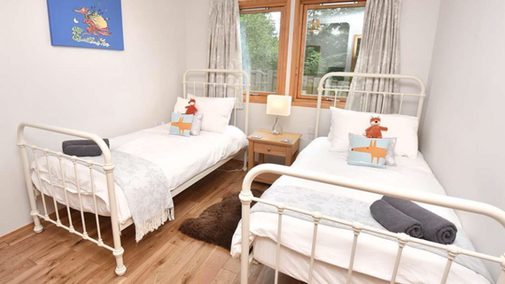 Downstair twin bedroom