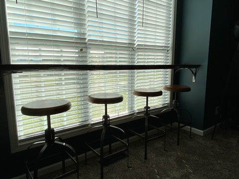 Live edge seating area w/ custom brackets