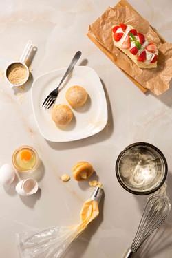 Mochi Puff & Omelet Strawberry Cake