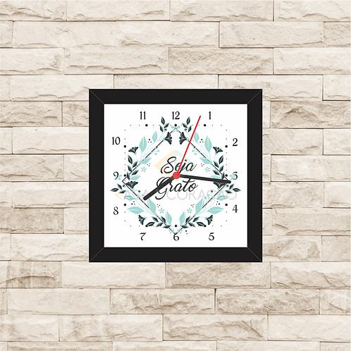 9023 - Relógio com moldura Seja Grato