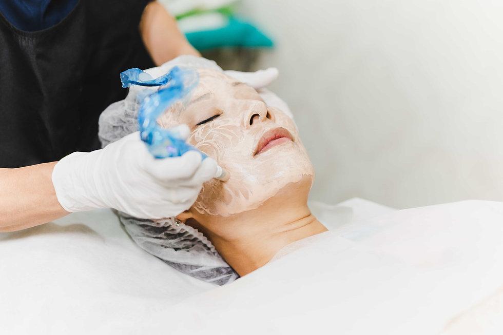 Facial Treatments. BB Glow. Nano-facial