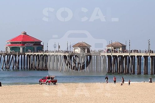 HB Pier Midday