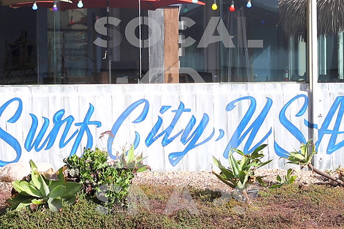 HB Downtown Surf City Sign Still