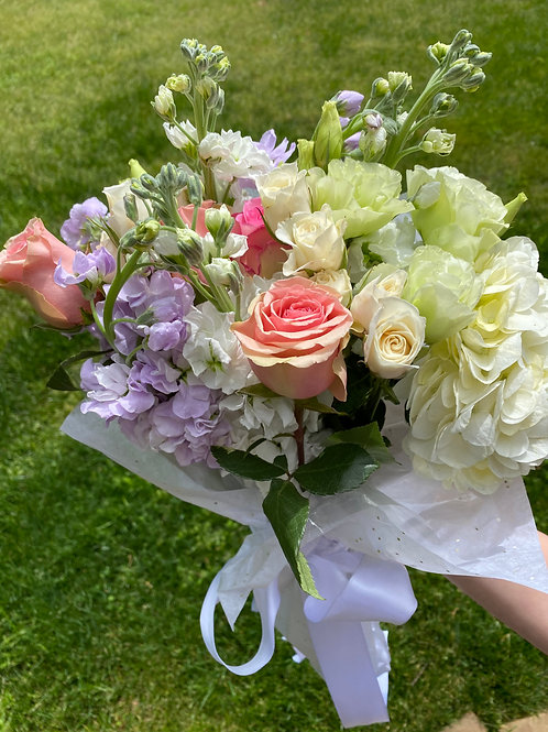 PICK UP HAND TIED BOUQUET