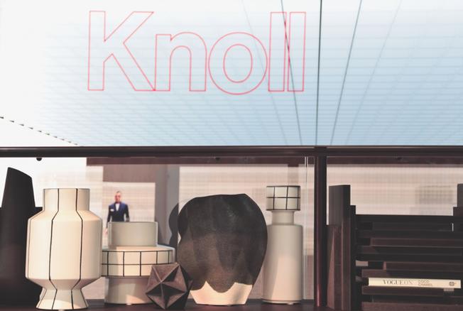 MANI & KNOLL