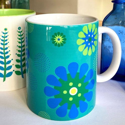 Aqua Dream Daisies mug - blue & green
