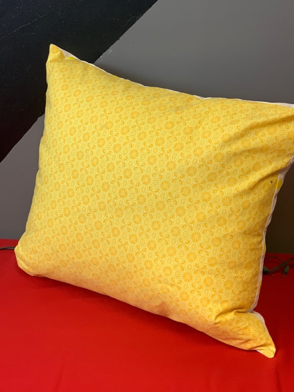Pillow Red - Back