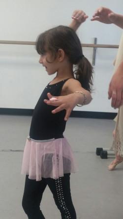 Ballet (ages 4-7) w/ Tess