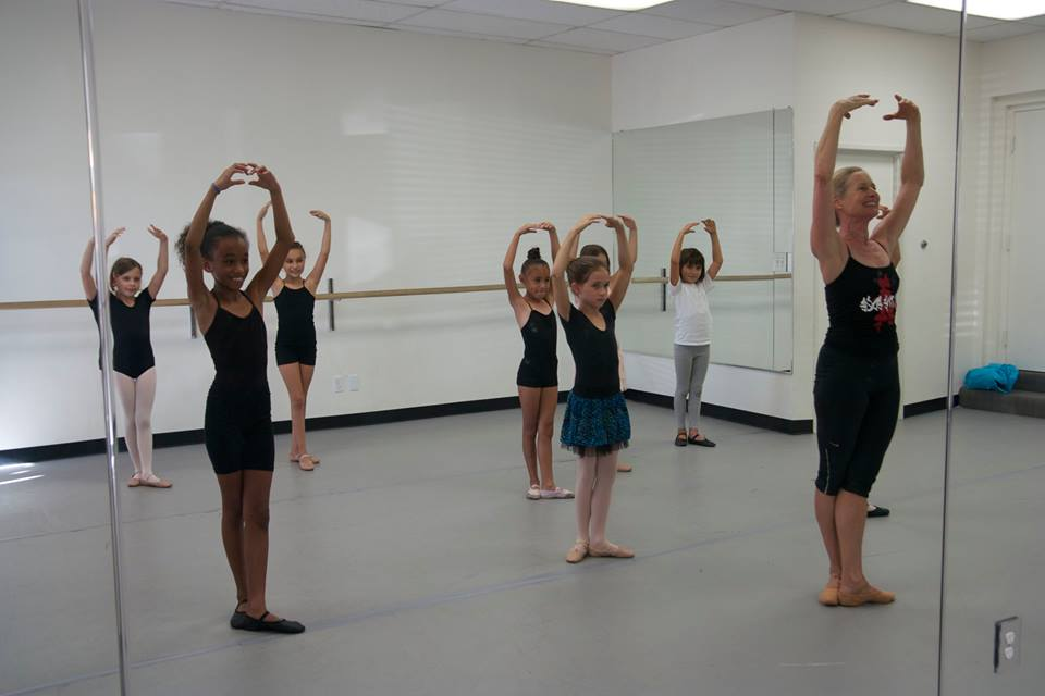 Ballet (8-11)  with Cynthia