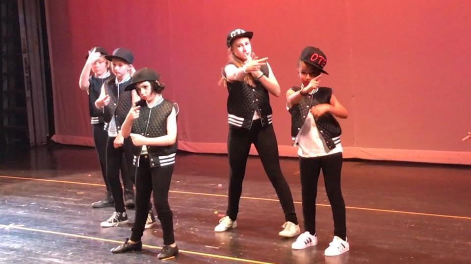 Hip-Hop/Krump 8-15