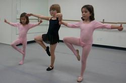 Ballet (ages 5-7) w/ Tess