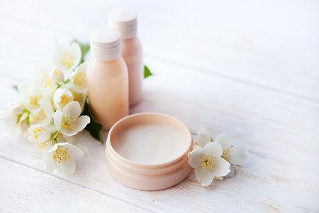 211132-2121x1414-Beauty-cream.jpg