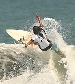 高橋みなと,サーフィン日本代表