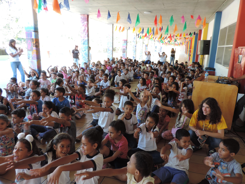 Contação de história em 04-10-19 no Projeto Liga Solidária/SP