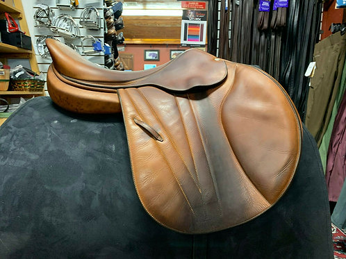 BUTET PREMIUM SADDLE 17.5