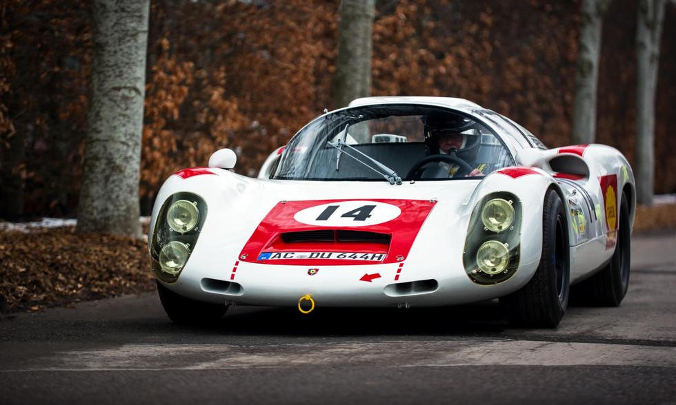Hans Schewe's 1967 Porsche 910 at the Goodwood 76MM