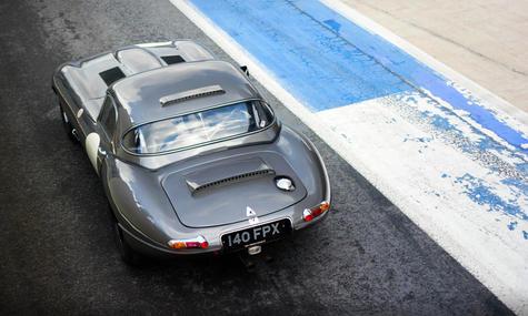 Sam Thomas Racing Jaguar E-type Lightwei