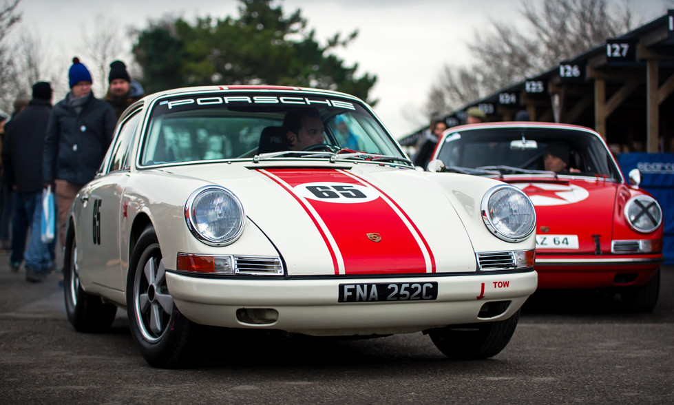 Mark Bates' 1965 Porsche 911 at the Goodwood 76MM