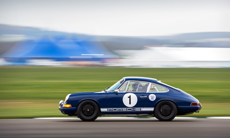 Rob Myers' 1965 Porsche 911 at the Goodwood 76MM