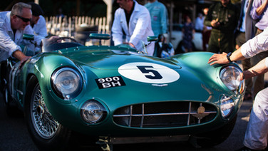 1957 aston martin dbr1s at goodwood