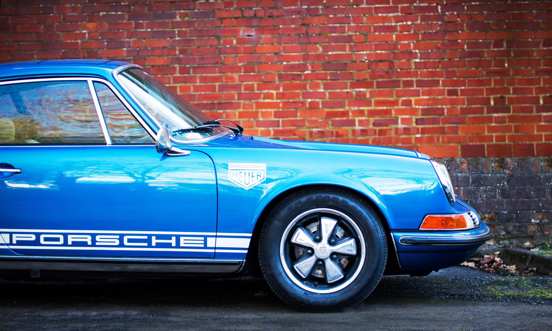 Nick Pauley's Blue Pearl Porsche 911