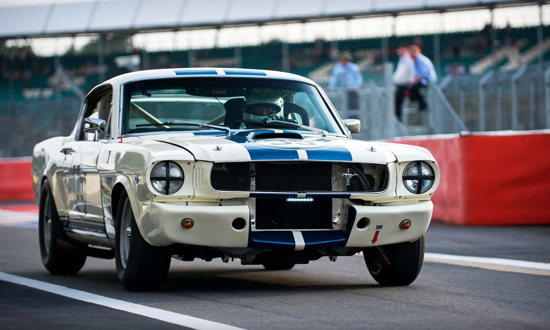 Leigh Smart & Kevin Hancock's 1965 Ford Shelby Mustang