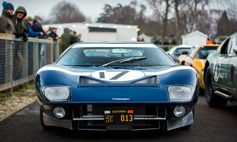Roald Goethe's 1965 Ford GT40 at the Goodwood 76MM