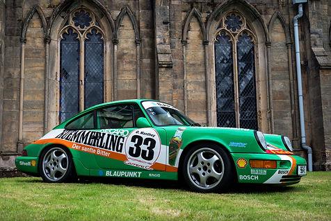 Kermit. Signal Green 1990 Porsche 964 Cu