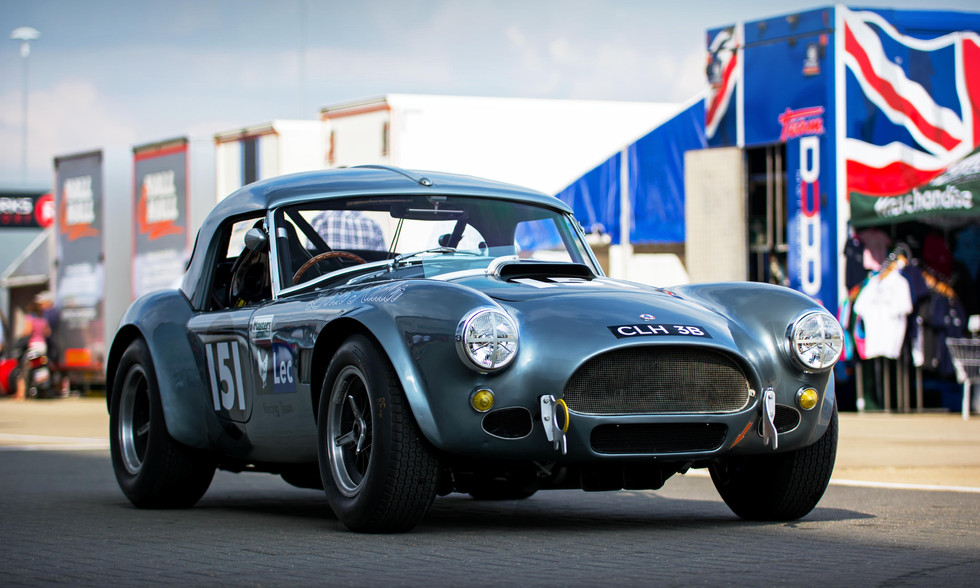 Jason Yates & Joe Twyman's 1964 AC Cobra