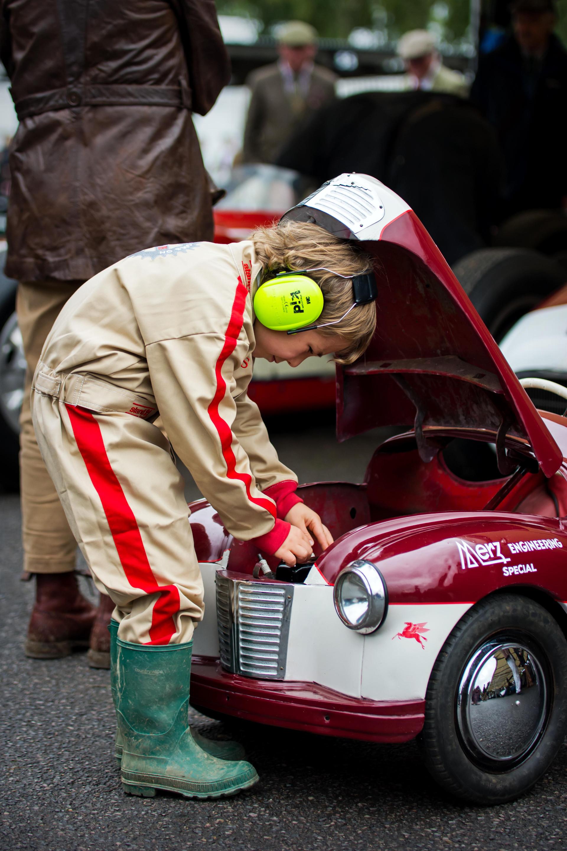 Austin J40 Driver - Mechanic at the 2017 Goodwood Revival