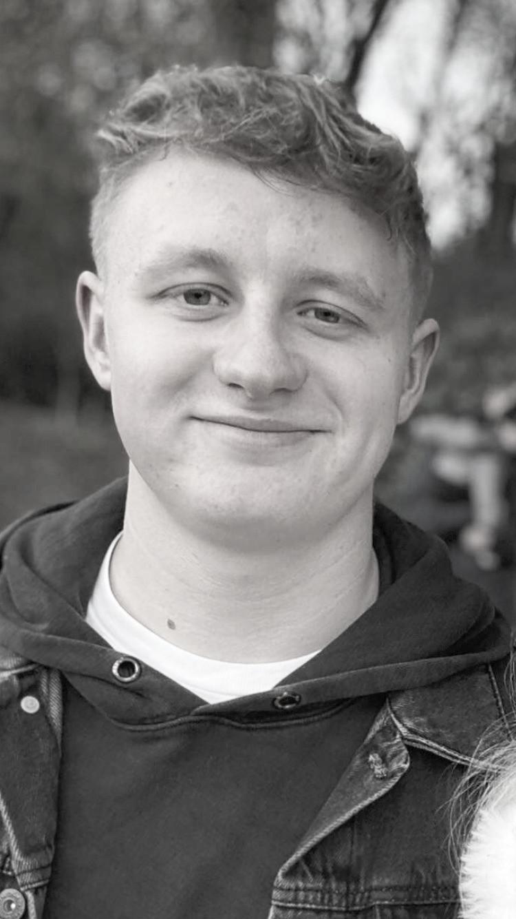 Oscar Rihll Content Writer