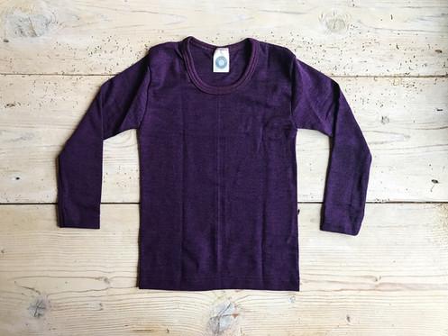 f5debe6f Tröja från Cosilana i ullsilke. 70 % ekologisk ull och 30 % silke. Ullen  ger värme och silke mjukhet, ullsilke passar därför även barn med känslig  hud.