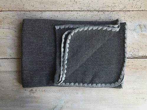 Filt stickad grå | Disana